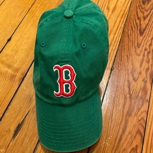 Boston Red Sox hat - green with red emblem